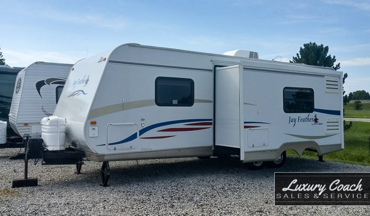 2008 Jayco Jay Feather LGT 25f at Luxury Coach