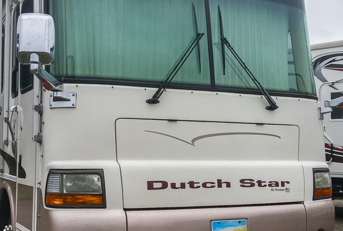 2001 Newmar Dutch Star Diesel Pusher 3852 at Luxury Coach