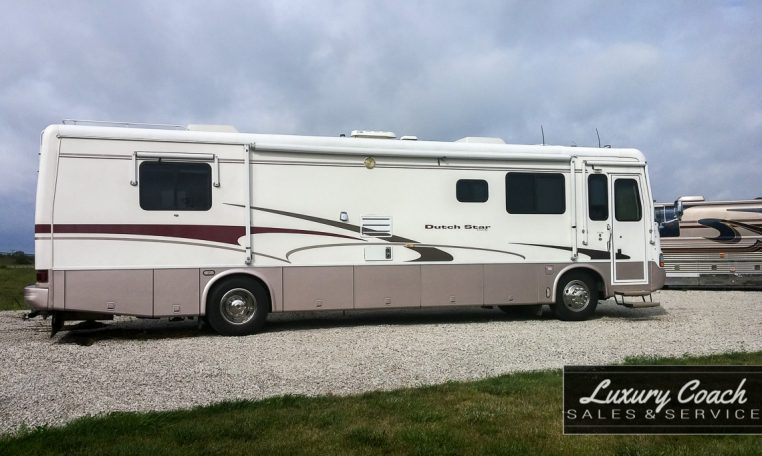 2001 Newmar Dutch Star 38' Diesel Pusher 3852 - $47,900