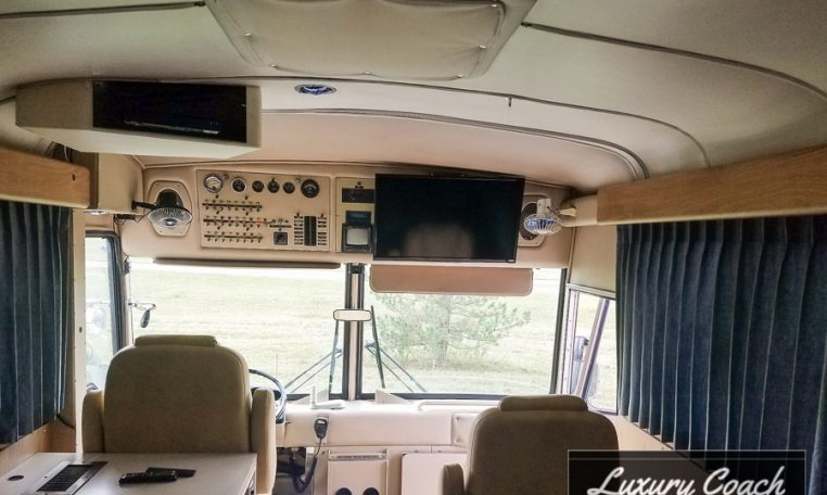 1979 Mci Custom Coach 2507 With Lots Of Upgrades 29 995