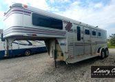 1996 Sundowner Sunlite Horse Trailer at Luxury Coach